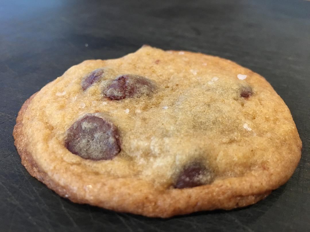 dark-chocolate-sea-salt-cookies
